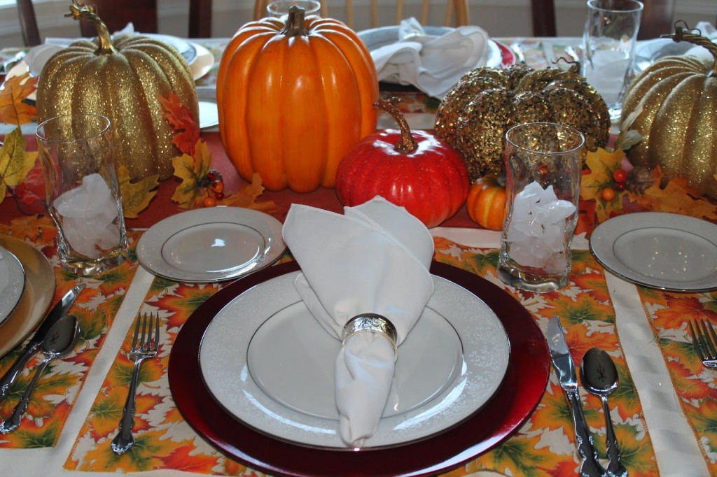 Diy thanksgiving tablescape for Inexpensive thanksgiving table decorations